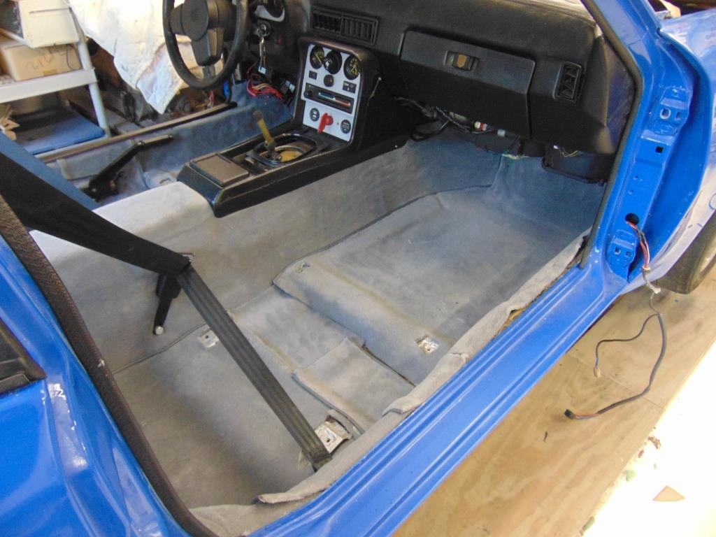Porsche 944 Street Track Car Carpet And Door Panels